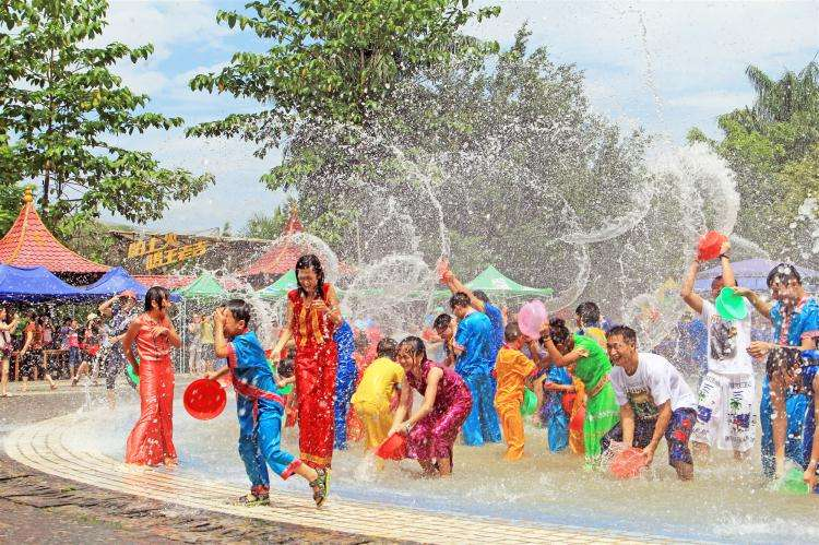Grand Songkran Festival!